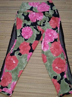 Calça Corsário Detalhe Tela Floral