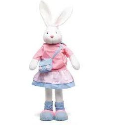 Coelha em Pé com Saia e Bolsinha