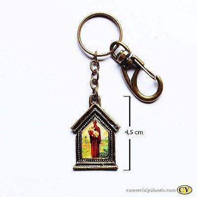 Chaveiro em metal capelinha de São Benedito - Pacote com 3 peças - Cód.: 3035