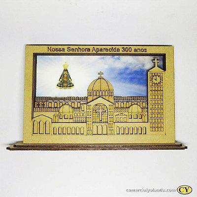 Placa 3D em MDF dos 300 anos de Nossa Senhora Aparecida - A Unidade - Cód.: 0678
