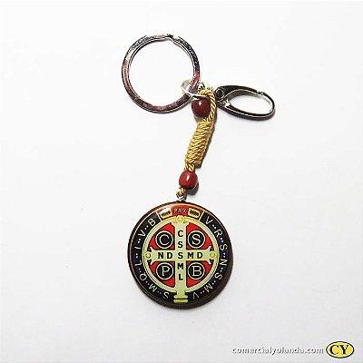 Chaveiro Medalha de São Bento em madeira resinado - O pacote com 3 unidades - Cód.: 353