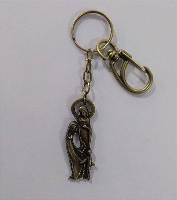 Chaveiro estátua em metal de Sagrada Família, cor ouro velho, com mosquetão - O Pacote com 3 peças - Cód.: 2448