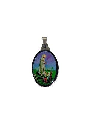 Medalha Cromada Colorida de Nossa Senhora de Fátima com os Pastores - A duzia - Cód.: 3630