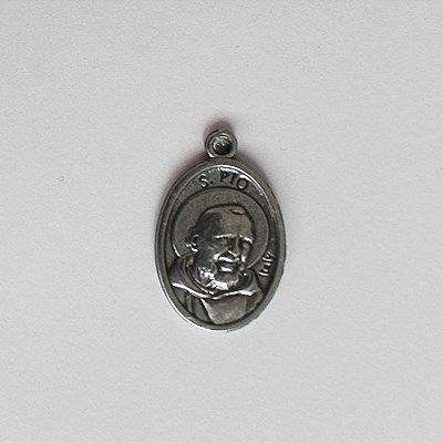 Medalha em níquel, Padre Pio - Pacote com 30 peças - Cód.: 3694