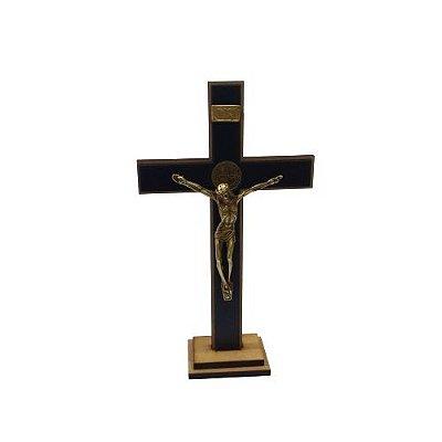 Crucifixo em MDF com a Medalha de São Bento - A Unidade - Cód.: 7225