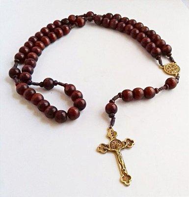 Terço Intercessor - São Bento em madeira, com cruz e medalha em metal - Contas de 10 mm - A Dúzia - Cód.: 2032
