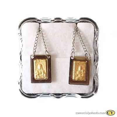 Escapulário em metal com centro dourado, Sagrado Coração de Jesus e Nossa Senhora do Carmo - O pacote com 6 unidades - Cód.: 4635