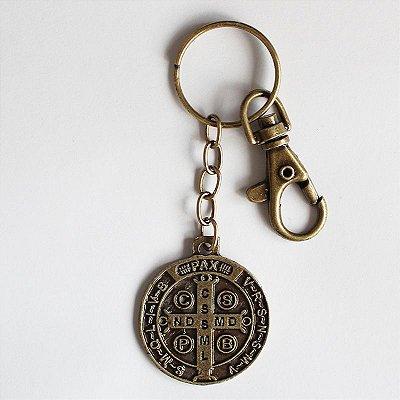 Chaveiro Medalha de São Bento M com Mosquetão - cor ouro velho - Pacote com 3 peças - Cód.: 3040