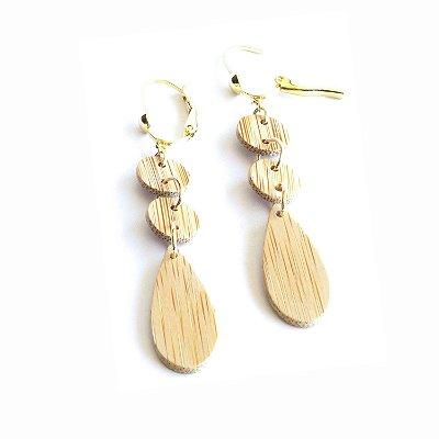 Delicado - Brinco artesanal em bambu e ouro - Arte do Mato