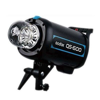 FLASH P/ STUDIO FOTOGRAFICO GODOX QS600- CAPAC. 600W - 110V - GREIKA