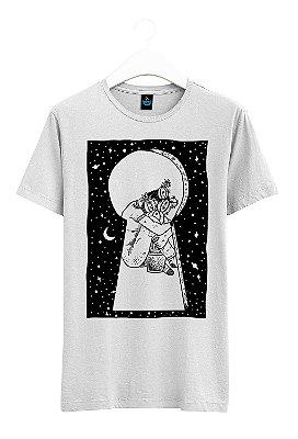 Camiseta Estampada Sozinho