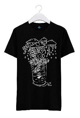 Camiseta Estampada Tempestade em Copo D'água