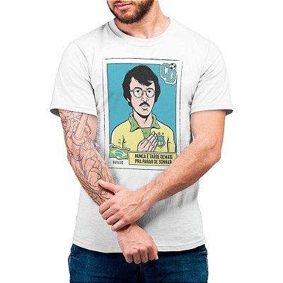 Nunca é Tarde Demais Para Parar de Sonhar - Camiseta Basicona Unissex