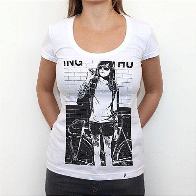 Anne Smoking - Camiseta Clássica Feminina
