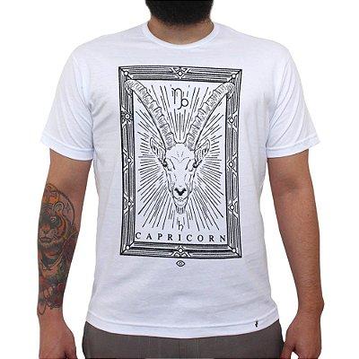 Capricorn - Camiseta Clássica Feminina