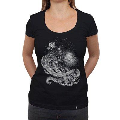 Contato - Camiseta Clássica Feminina
