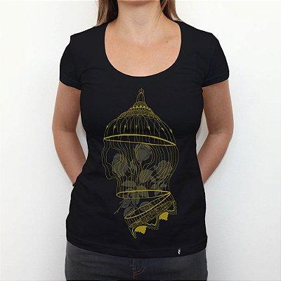 Golden Cage - Camiseta Clássica Feminina