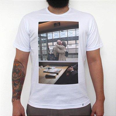 Janela - Camiseta Clássica Masculina