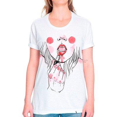 Maquiagem de Guerra - Camiseta Corte Tradicional