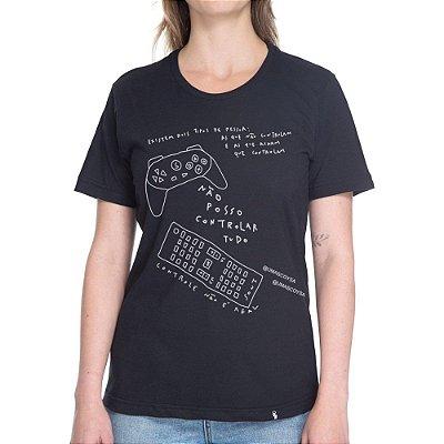 Não Posso Controlar Tudo #cestabasica - Camiseta Basicona Unissex