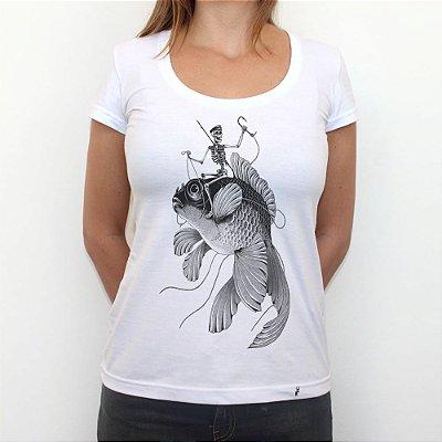 Ossos ao Mar - Camiseta Clássica Feminina
