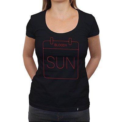 Sunday Blood Sunday - Camiseta Clássica Feminina