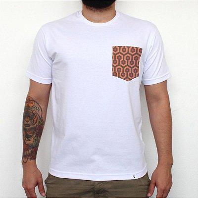 The Carpet - Camiseta Clássica com Bolso Masculina