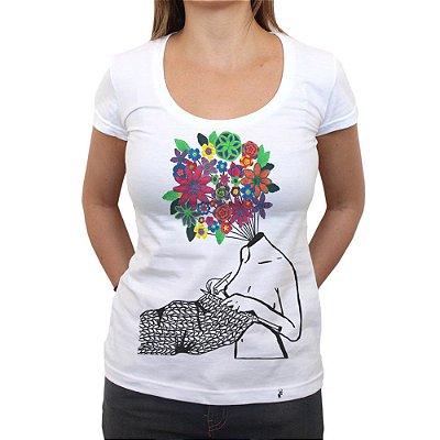 Tudo São Flores - Camiseta Clássica Feminina