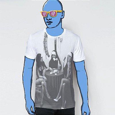 Camiseta, Nuns and poker