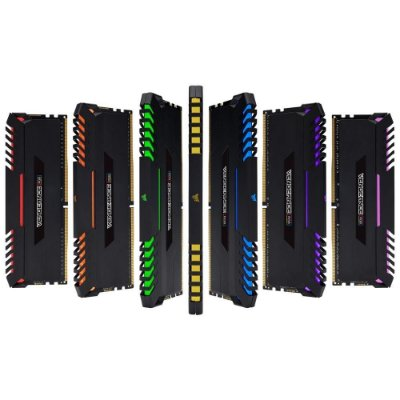 MEMÓRIA CORSAIR VENGEANCE RGB 16GB (2X8GB) 3000MHz DDR4, CMR16GX4M2C3000C15