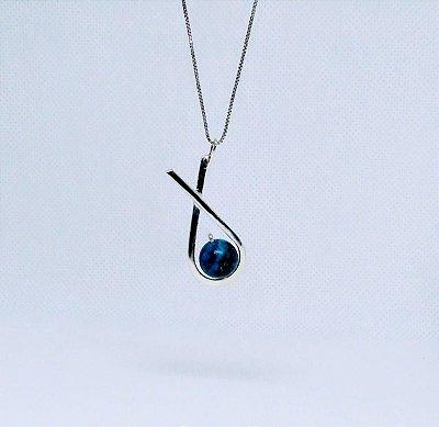 26ebd2e0d0e Pingente de Iemanjá formato de Concha com Pedra Lápis Lazuli em ...