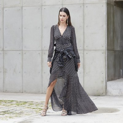 Vestido Longo Poá Manga Longa Babado