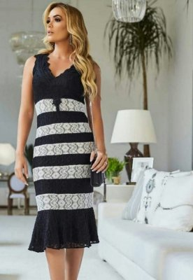 Vestido Renda Recortes Bicolor