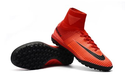 CHUTEIRA NIKE MERCURIAL SUPERFLY V TF