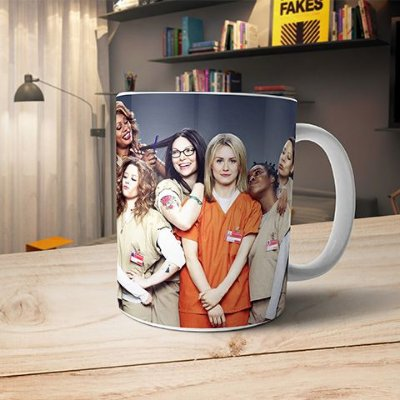 Caneca Orange The is New Black