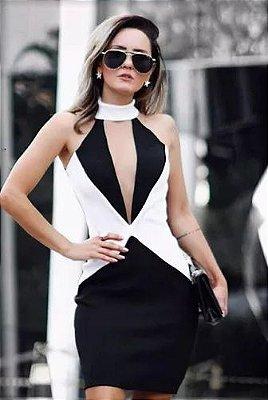 Vestido elegance Preto/Off White, gola rolê, decote ilusion