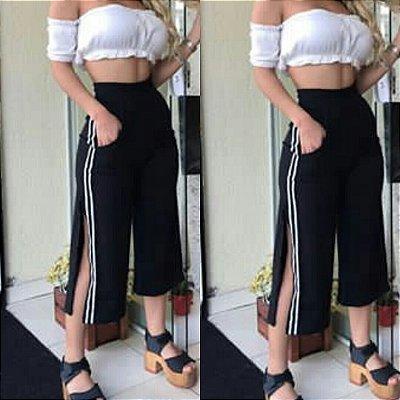 Calça Pantacurt abertura lateral, elástico cintura