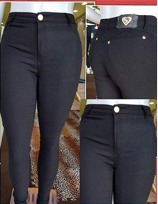 Calça Jeans Preta No Atacado ( Pacote Grade com 6 Peças 36,38,40,42,44,46 )
