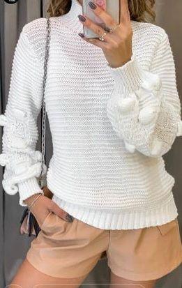 Blusa Tricot Modelo gola rolê, manga longa