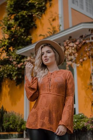 Blusa em Tricot, detalhe que cruza frente decote, Moda Outono Inverno 2019, Moda Atual, Moda Feminina no Atacado