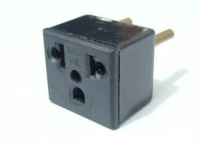 Plug Adaptador 20A AC 3 Entradas
