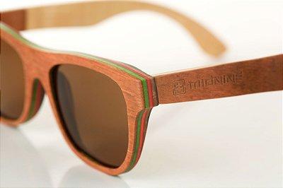 5ca829e31 Óculos de sol em madeira - Midnine