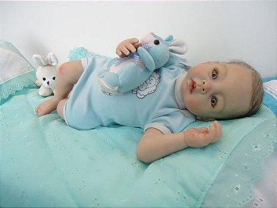 Bebê Reborn menino com 51 cm e 2,55 kg aproximadamente
