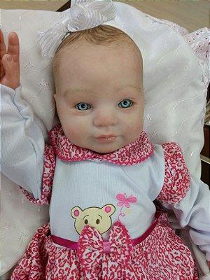 Bebê reborn menina com 2,2 kg e 55 cm aproximadamente
