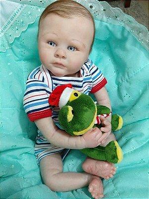 Bebê reborn menino, cabelinhos enrizados, 1,7 kg e 49 cm aproximadamente