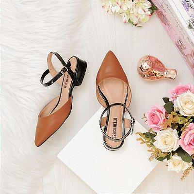 Sapato Jessica Mello Salto Baixo Caramelo Preto