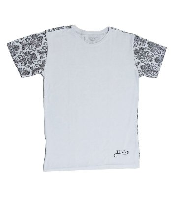 Camiseta Masculina com Estampa Arabesco