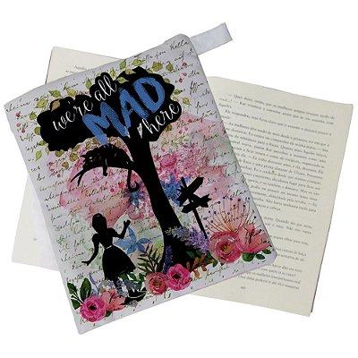 Capinha Livro - Alice - We're all Mad