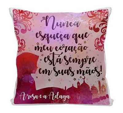Almofada - Livro A rosa e a Adaga
