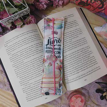 Marcador de Página Com elástico e Flor- Livro é um Brinquedo